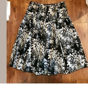 Nine West Silk Maxi Skirt Black Floral Size 10
